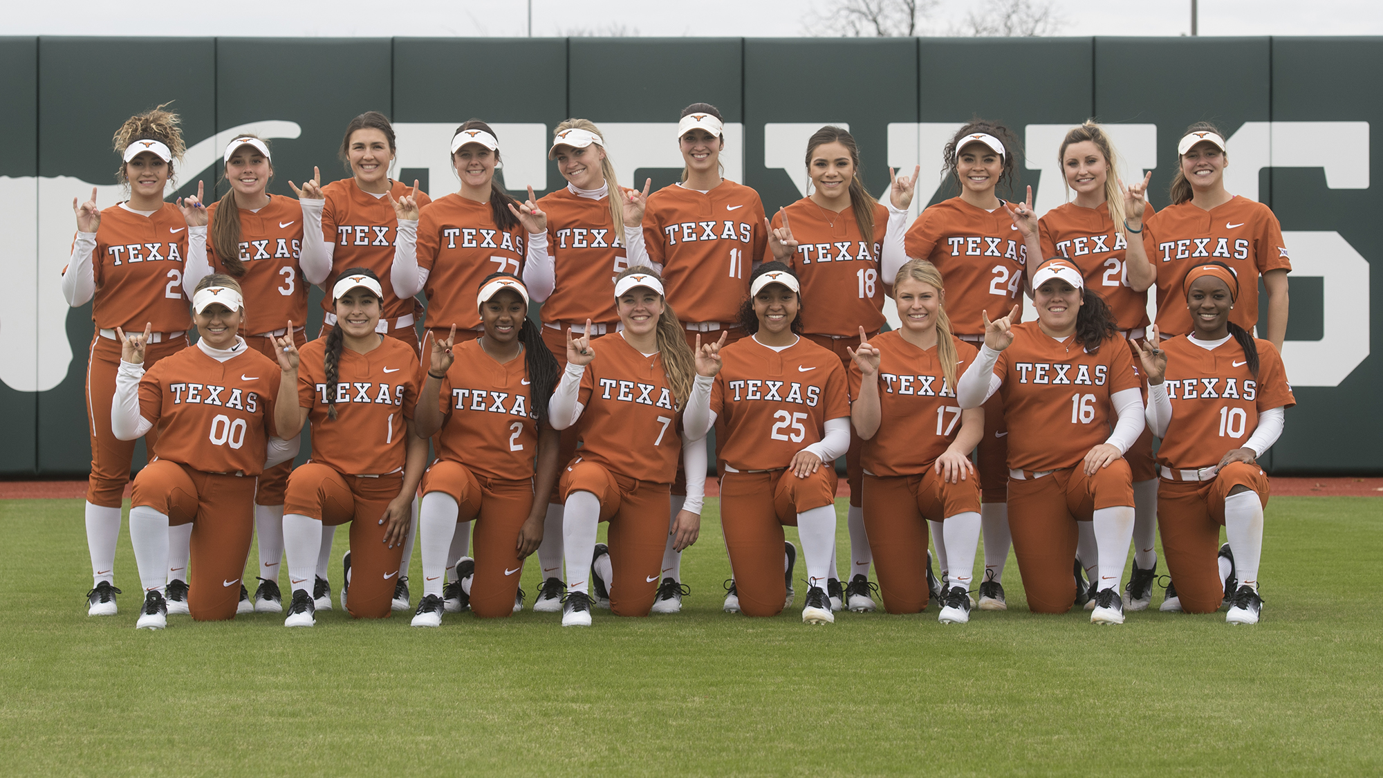 93520b4d1446 Softball Preview  the Texas Classic  Feb. 9-11