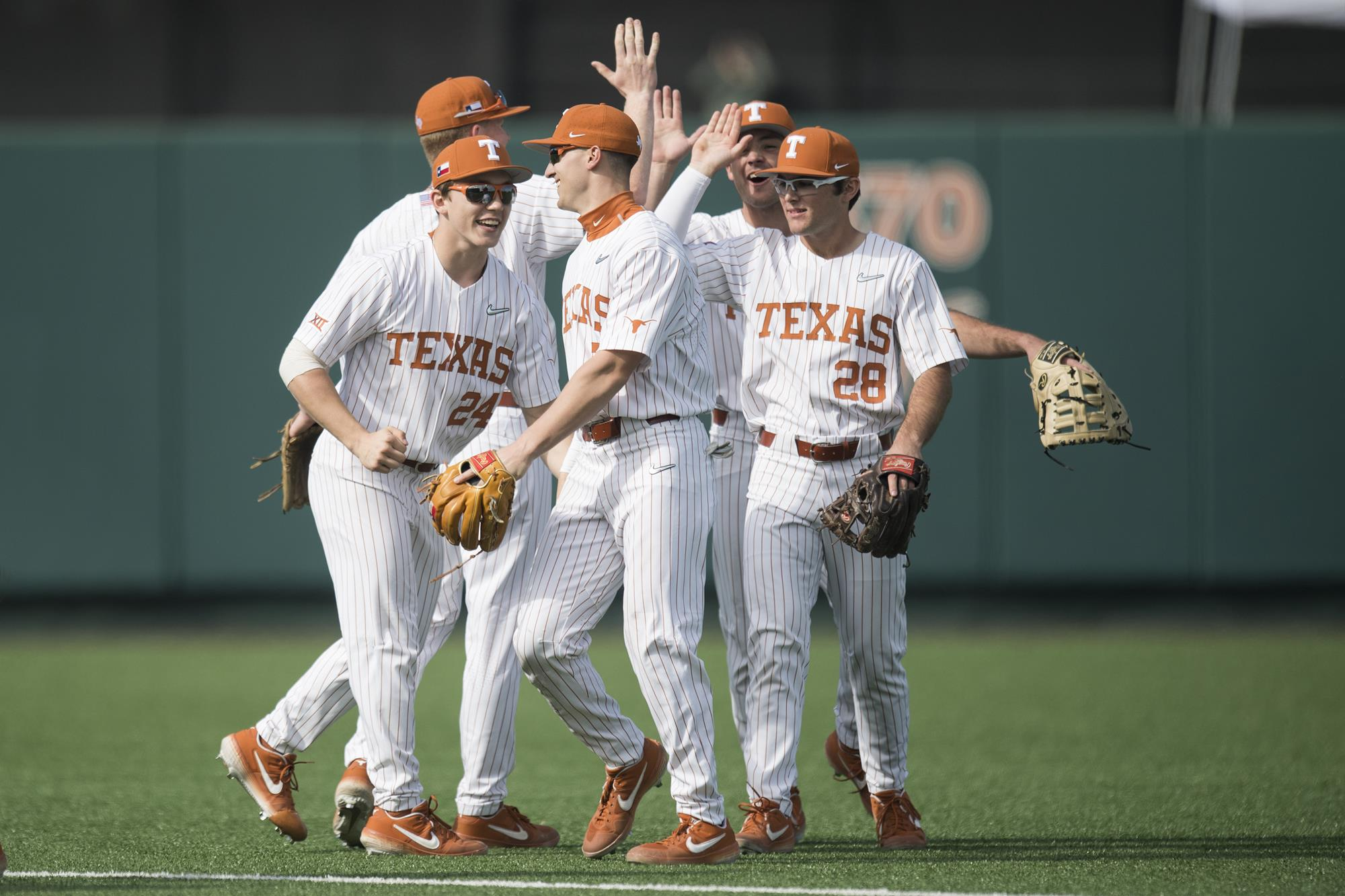 af727aa54cfe No. 9 Baseball preview  No. 11 Arkansas - University of Texas Athletics