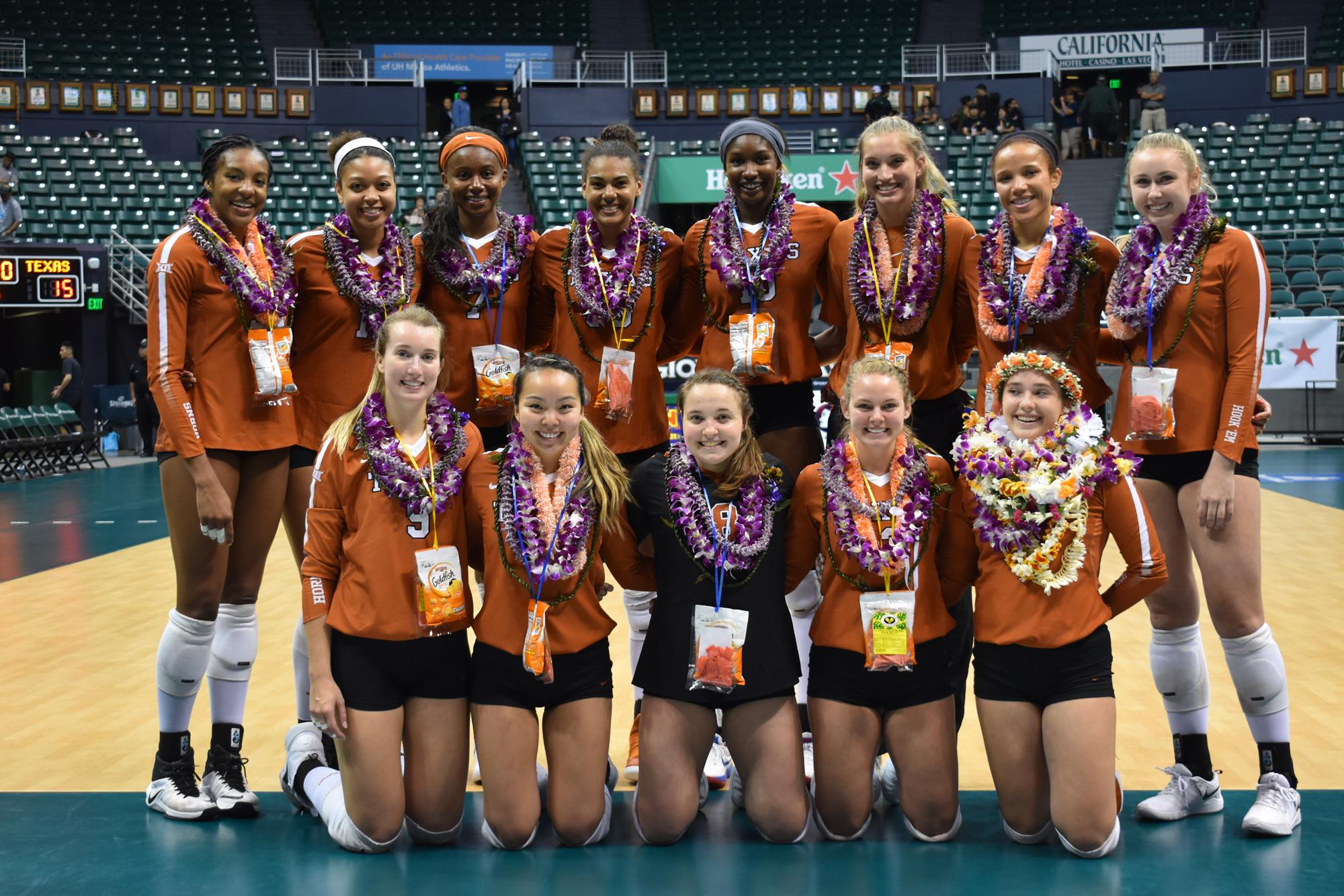 Volleyball Takes Down Hawaii To Open Spring Season University Of Texas Athletics