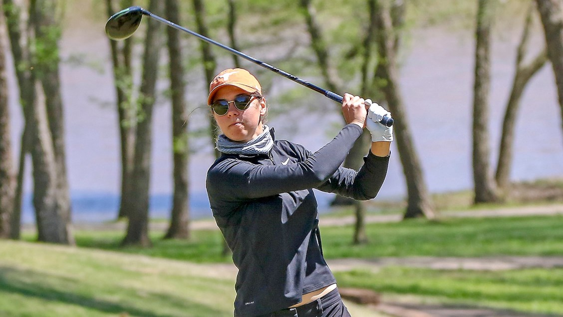 No. 2 Women's Golf leads Big 12 Championship by 22 strokes