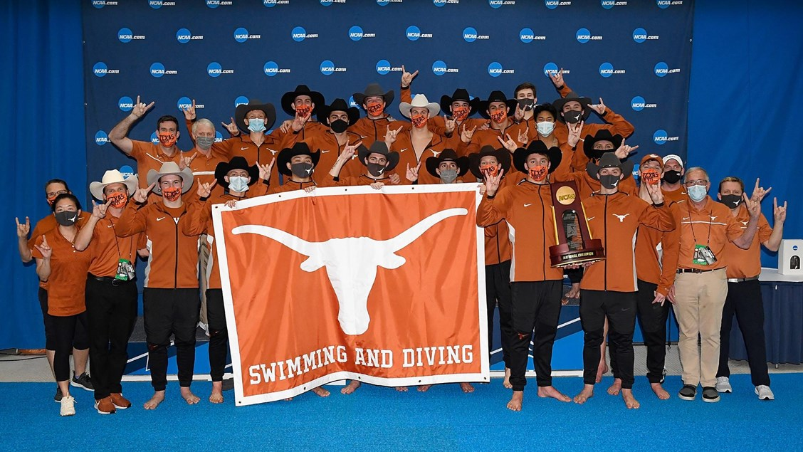 Men's Swimming and Diving wins 2021 NCAA Championship